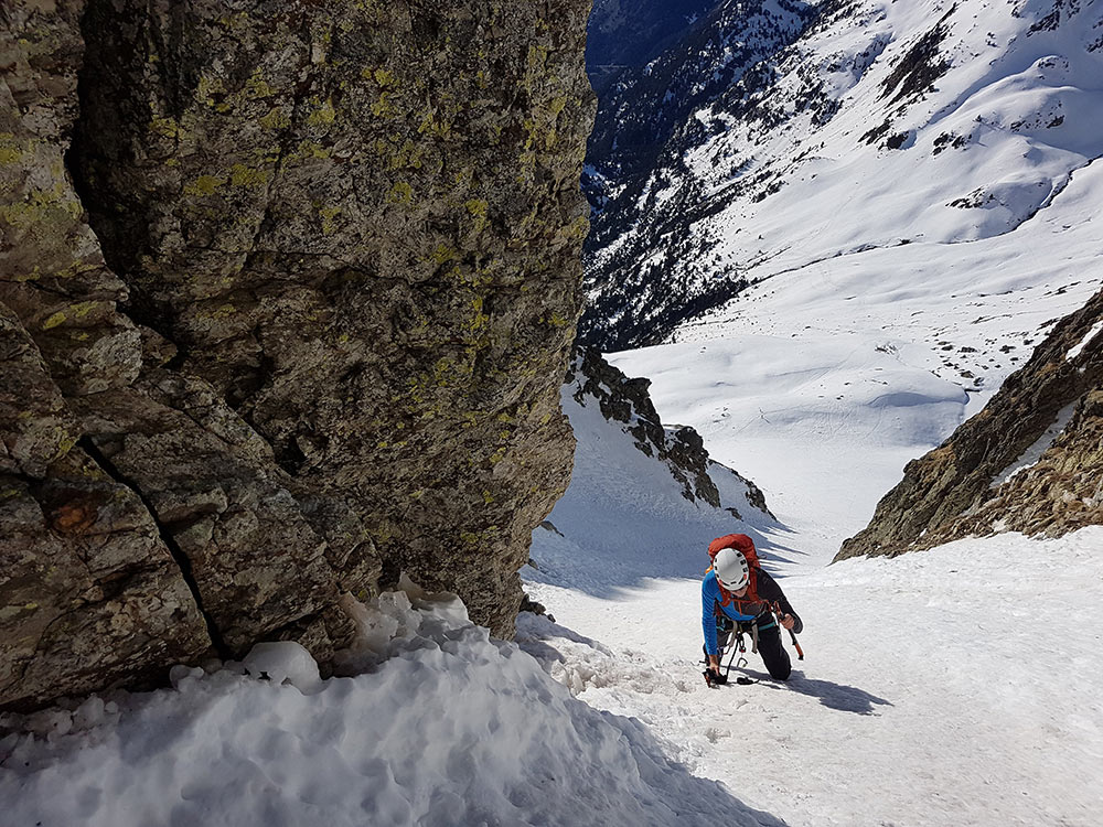 piolets alpinismo tecnico
